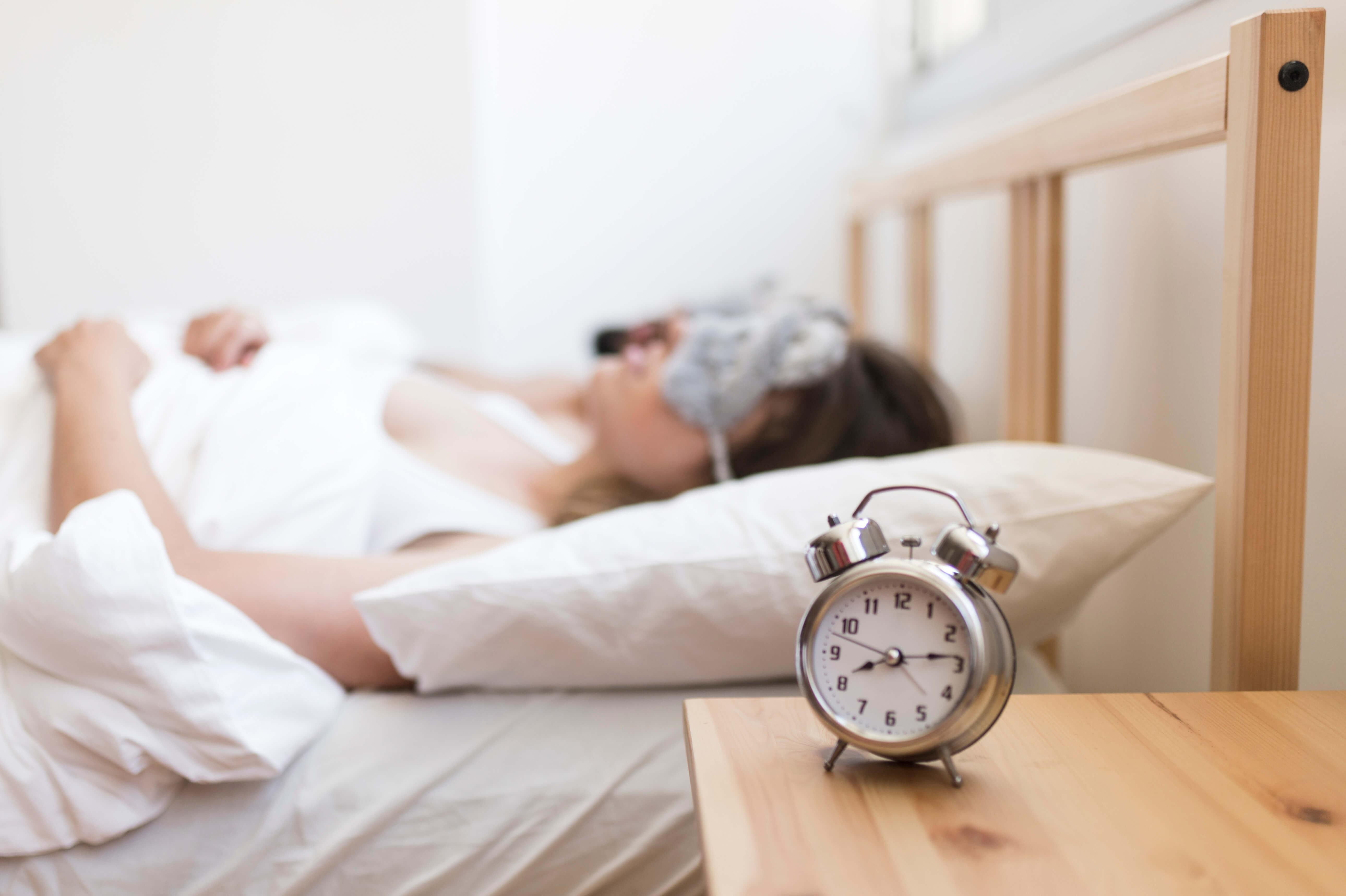 เคล็ด (ไม่) ลับ พ่อค้า-แม่ค้าออนไลน์ เพิ่มยอดขาย ขยายเวลานอน